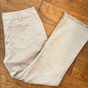 Silver Suki Capri pants    Preloved  size 32